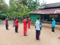 Satgas Pamtas Yonif 642 Latih PBB Anggota Paskibraka Desa Siding