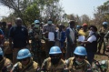 Satgas TNI Berhasil Damaikan Pertikaian 3 Suku Desa Kashege