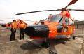 serah-terima-helikopter-as365-n3-dauphin-dari-ptdi-ke-basarnas_20191212_231822.jpg
