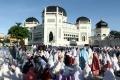 shalat-idul-fitri-1442-h-di-masjid-raya-al-mashun-medan_20210513_154922.jpg