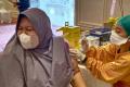 suntik-vaksin-covid-19-kepada-masyarakat-umum_20210916_152715.jpg