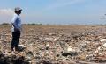 Tanam Mangrove dan Bersihkan Sampah di Pulau Sampah Teluk Naga
