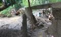tanggul-jebol-warga-cipinang-kebanjiran_20210222_183824.jpg