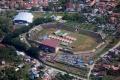 tenda-korban-gempa-masih-padati-stadion-manakarra-mamuju_20210127_101650.jpg
