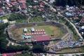 tenda-korban-gempa-masih-padati-stadion-manakarra-mamuju_20210127_102445.jpg