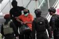 teroris-dari-makassar-dan-gorontalo-tiba-di-jakarta_20210204_203418.jpg