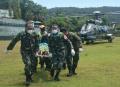tni-berhasil-evakuasi-nakes-korban-kekejaman-kst-di-distrik_20210917_204413.jpg