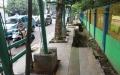 Trotoar Rusak di Jalan Suryo Blok S Jakarta