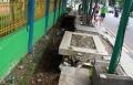 trotoar-rusak-di-jalan-suryo-blok-s-jakarta_20210303_210122.jpg