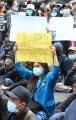 unjuk-rasa-mahasiswa-dan-pelajar-di-depan-gedung-dprd-jabar_20191002_232530.jpg