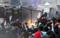 unjuk-rasa-mahasiswa-dan-pelajar-di-depan-gedung-dprd-jabar_20191002_233033.jpg