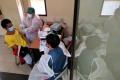 vaksinasi-covid-19-di-pasar-baru-bandung_20210308_215610.jpg