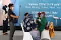 vaksinasi-covid-19-massal-tenaga-kesehatan-di-istora-senayan_20210205_095910.jpg