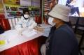 vaksinasi-massal-covid-19-di-kampung-tangguh-cideng_20210411_082853.jpg