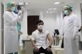 wakil-menteri-kesehatan-ikut-di-vaksin-covid-19_20210114_123506.jpg