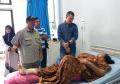 walikota-pagar-alam-besuk-korban-bus-sriwijaya-yang-selamat_20191225_183214.jpg