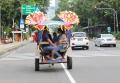 wisatawan-naik-delman-di-monas_20210515_155101.jpg