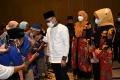 Zulkifli Hasan & Komunitas Peace & Love Jatim Berbagi Berkah Ram