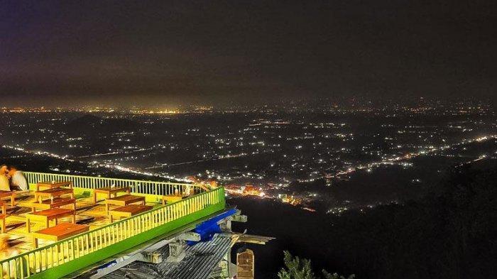 2. Bukit Bintang Jogja