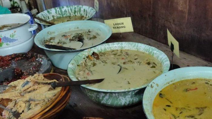 Beberapa contoh menu makanan di Warung Kopi Klotok