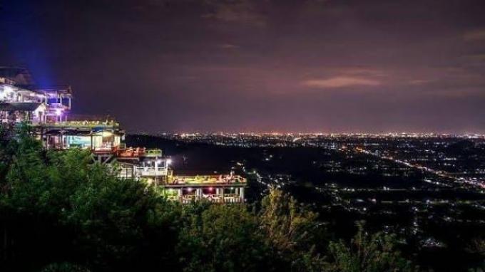 3. Bukit Bintang Jogja