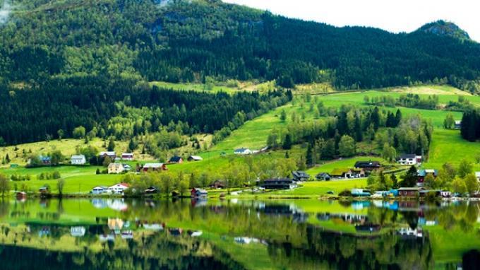 4. Norwegia