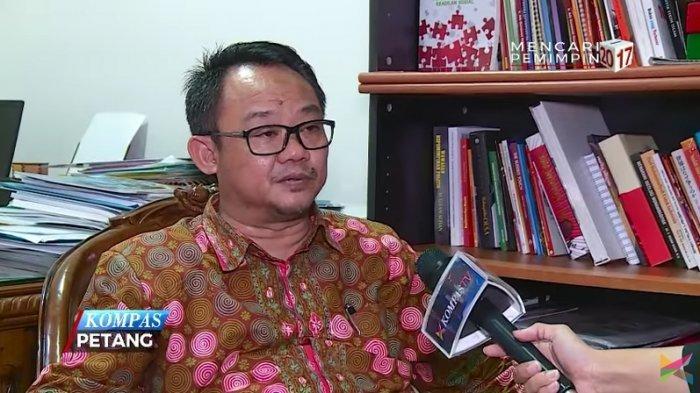 Abdul Muti, Guru Besar UIN Syarif Hidayatullah sekaligus tokoh Muhammadiyah yang menolak jadi wakil menteri.