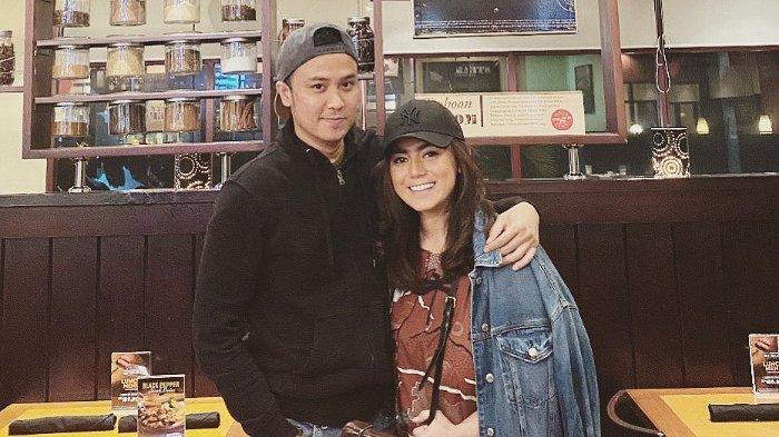 Aktris Thalita Latief menggugat cerai Dennis Lyla ke Pengadilan Agama (PA) Jakarta Pusat.