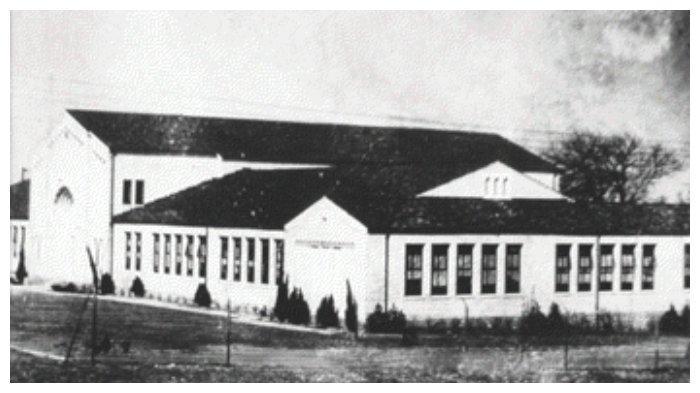 Kondisi sekolah Consolidated School of New London sebelum terjadi ledakan.
