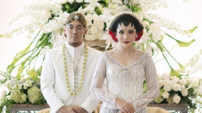 Momen pernikahan Fitri Ayu Maresa dan Kenji Hamada