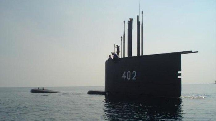 KRI Nanggala-402. Acara Tabur Bunga untuk awak kapal KRI Nanggala direncanakan akan dilakukan hari ini, Jumat (30/4/2021). Akan dihadiri oleh Panglima TNI beserta seluruh keluarga awak kapal KRI Nanggala 402.