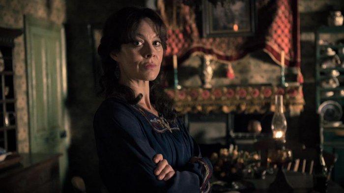 Helen McCrory sebagai Polly Grey dalam film Peaky Blinders