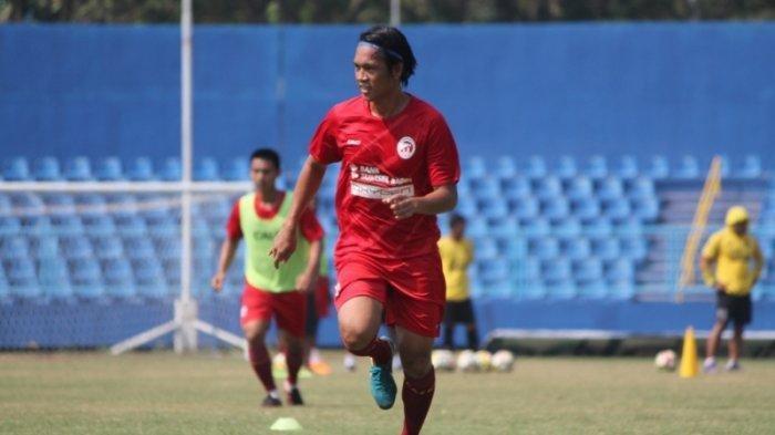 Jeki Arisandi bermain untuk Sriwijaya FC