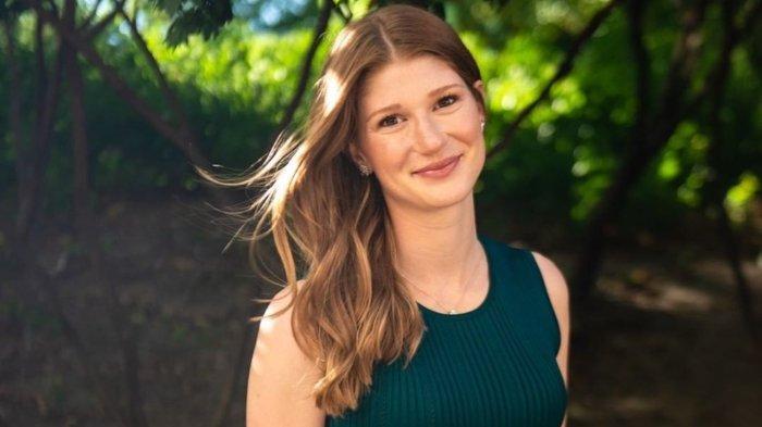 Jennifer Gates, putri tertua Bill Gates dan Melinda Gates, buka suara tentang perceraian orang tuanya.