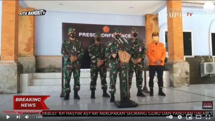 Kapuspen-TNI-Mayjen-Achmad-Riad.jpg