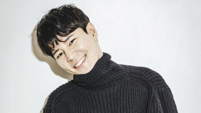 Lee-Kyu-Hyung2.jpg