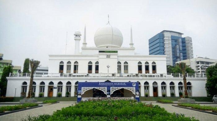 Masjid-Agung-Al-Azhar.jpg
