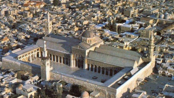 Masjid Umayyah di Kota Damaskus, Suriah.
