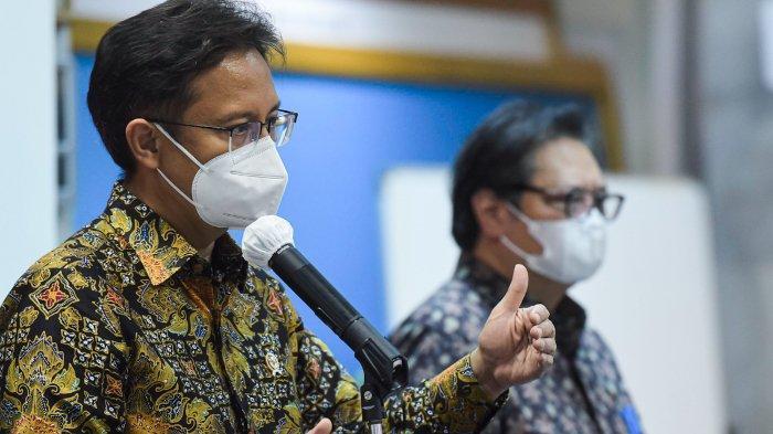 Menkes Budi G. Sadikin dan Ketua KPCPEN Airlangga Hartarto memberikan keterangan pers usai Rapat Terbatas yang dipimpin oleh Presiden Jokowi mengenai Penanganan Pandemi COVID-19, Senin (03/05/2021), di Jakarta.