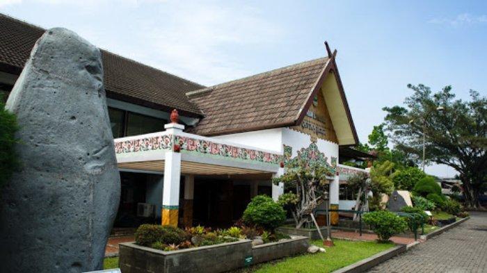 Museum-Sri-Baduga.jpg