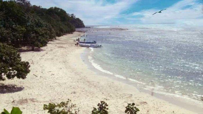 Pantai-Caruban-2.jpg