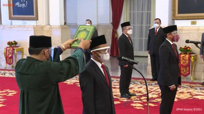 Pelantikan Menteri Investasi/Kepala BKPM, Mendikbudristek, dan Kepala BRIN, di Istana Negara, Jakarta, Rabu (28/04/2021).