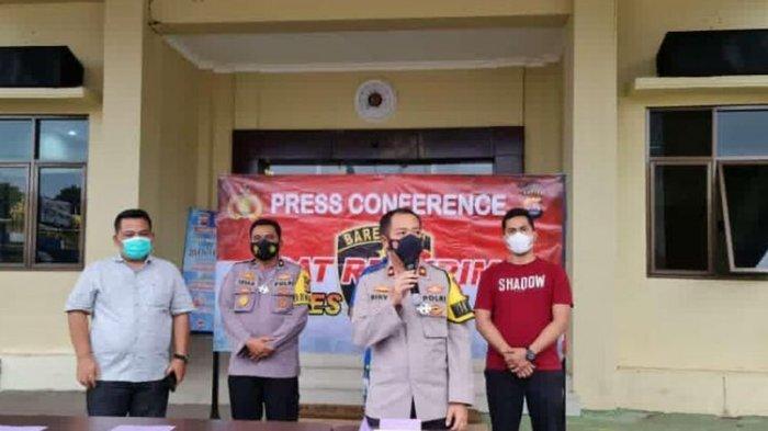 Polres Pandeglang menggelar rilis dugaan ritual aliran sesat yang dilakukan oleh sekelompok masyarakat di Kecamatan Cigeulis, Pandeglang, Kamis (11/3/2021).