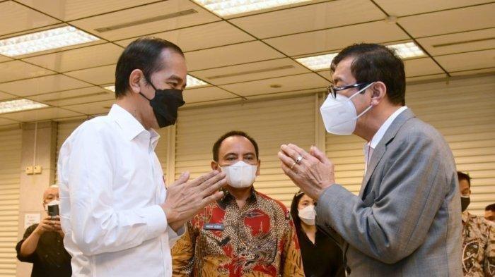 Presiden Jokowi melayat mendiang istri Yasonna Laoly 1