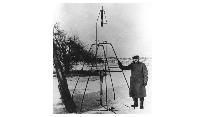 Robert-Goddard-roket.jpg