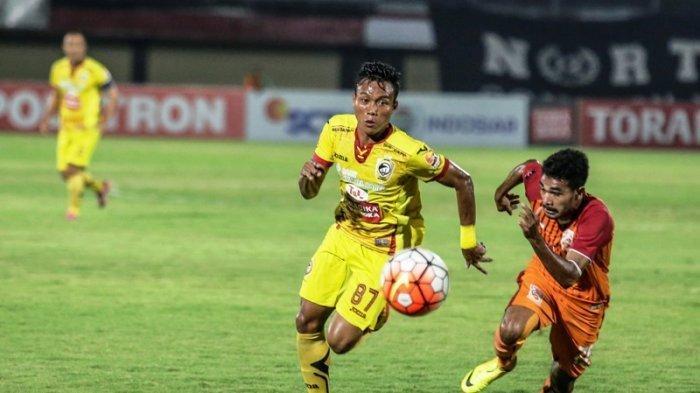 Slamet Budiono saat bermain bersama Sriwijaya FC