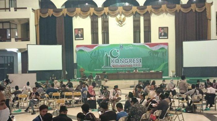 Suasana Kongres HMI di Surabaya sebelum terjadi kericuhan.