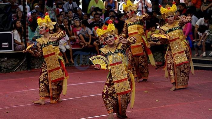 Tari-Legong-Bali.jpg