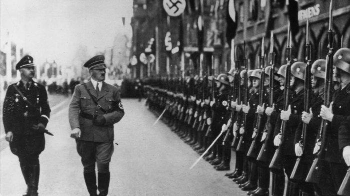 Adolf Hitler, tokoh utama Jerman Nazi, Perang Dunia II di Eropa, dan Holokaus