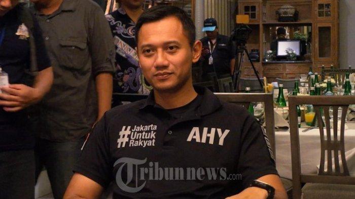 Agus Yudhoyono menggelar konfrensi pers mengenai hari Sumpah Pemuda di Restoran Bunga Rampai, Jl. Teuku Cik Ditiro, Menteng, Jakarta Pusat, Jumat (28/10/2016)